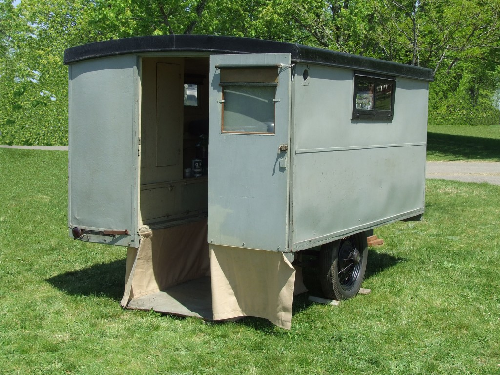 1929 Covered Wagon Trailer