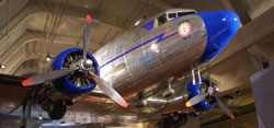 Virtual Visit - Douglas DC-3 Airplane