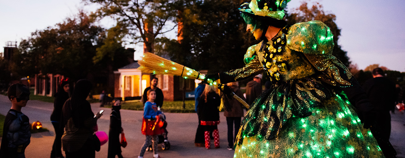 Greenfield Village Christmas.Hallowe En In Greenfield Village Events The Henry Ford